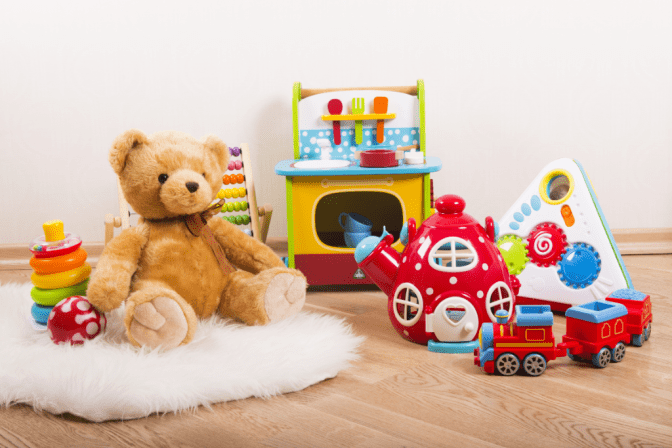Hoarding Cleanup A New Way to Help, Toys