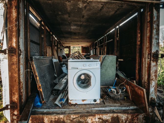 How to Charge for a Hoarding Job, Old Washing Machine on Truck